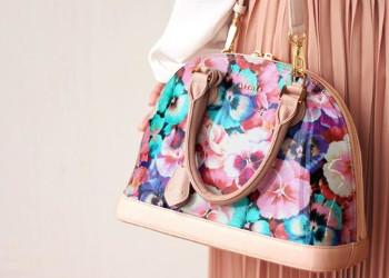 イタリアンアートレザーのバッグ